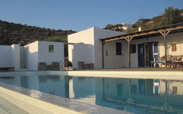 Holiday Let Apartment To Rent In Agios Georgios Antiparos