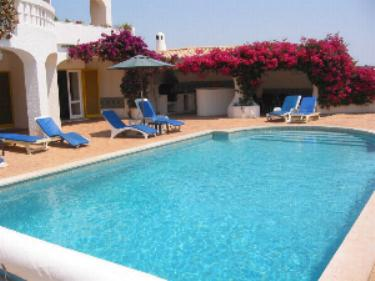 Luxury Villa In Praia Da Luz With Heated Pool And Tennis Court.