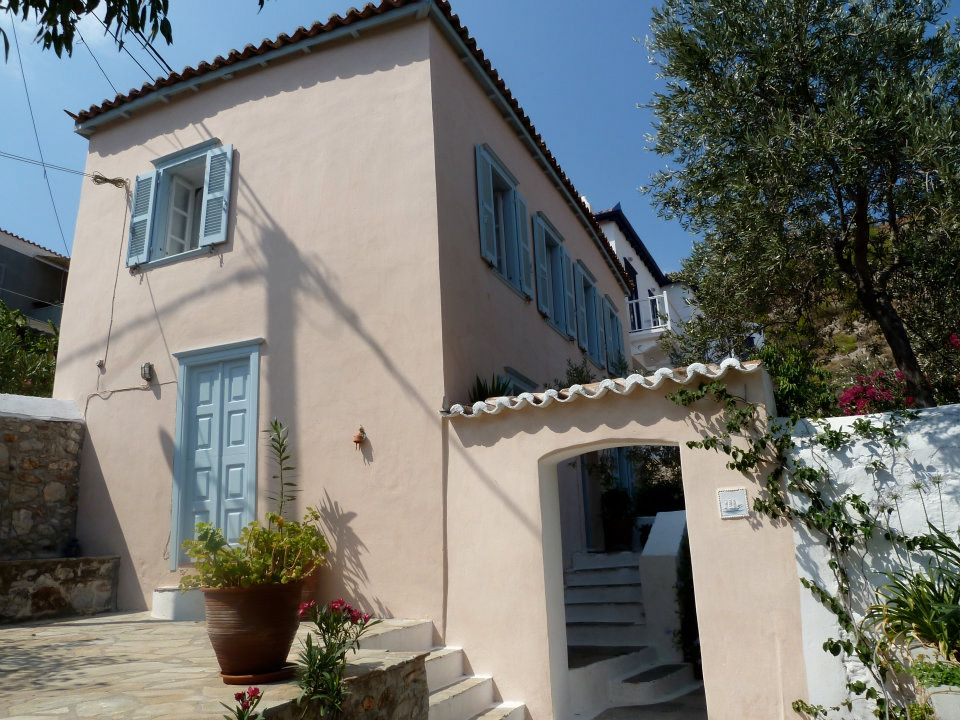 Holiday Let Cottage To Rent In Kala Pigadia Hydra Greece