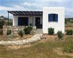 Three independent autonomous traditional Cycladic houses 200 meters from Soros beach